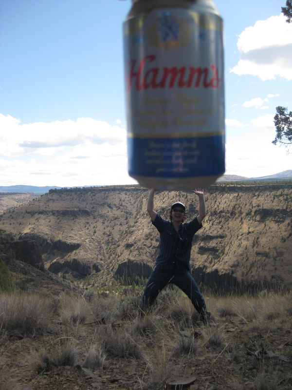 frosty lifts a huge hamms